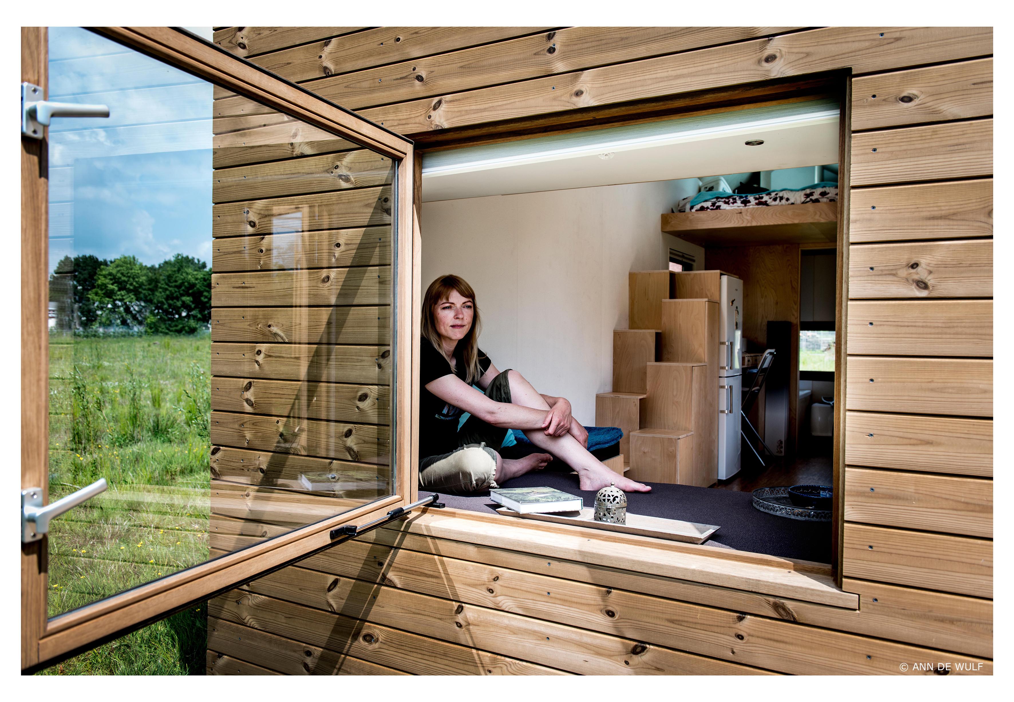 Marjolein woont in een tiny house   moeders minimalisme